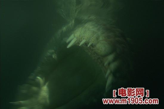 《逃亡鳄鱼岛》场景制作 巨型鳄鱼申报吉尼斯