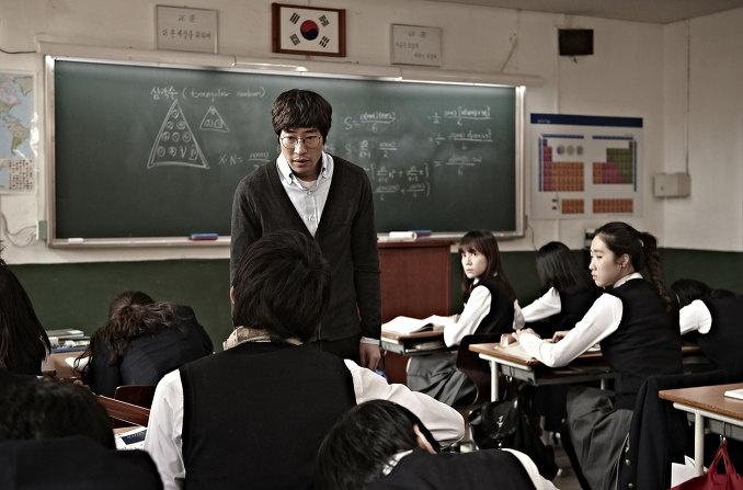 图库 电影剧照 > 嫌疑人x的献身