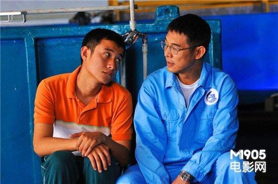 文章称李连杰是信仰领路人 承认 子凭父贵