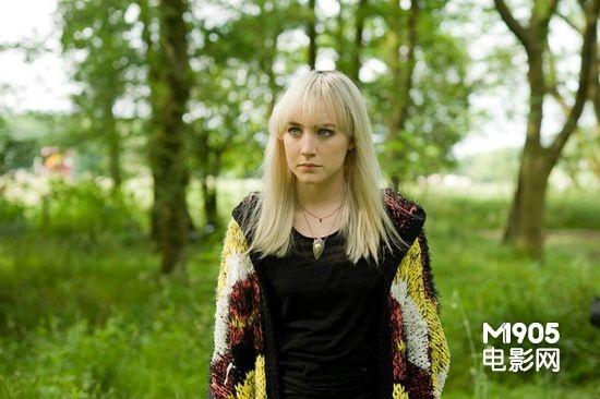 《赎罪》获得奥斯卡最佳女配角提名,曾主演《可爱的骨头》,《宿主》