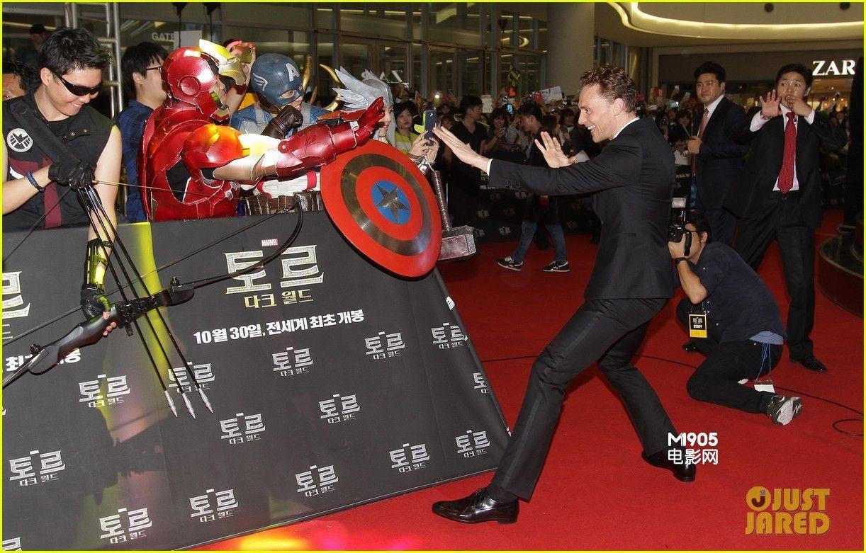 """""""抖森""""韩国宣传《雷神2》 活泼亲和手舞足蹈"""