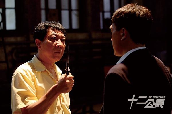 《十二公民》韩童生谈表演:电影造梦戏剧造-假-