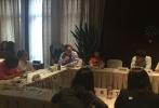 10月15日, 2015金沙娱乐娱乐指数盛典ENAwards奖项专家评审会在北京隆重举行。本次评审会邀请到了17位业内知名专家参与评审。经过一个下午的讨论、投票,2015金沙娱乐文娱指数榜及五大类ENAwards全部奖项已尘埃落定,结果现场封存,悬念将于2015年10月26日在北京万达索菲特大饭店举办的金沙娱乐娱乐指数盛典上公布。