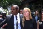 德普前妻脸上带伤告其家暴 法院禁止德普靠近