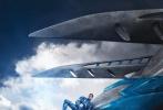 近日,由狮门影业与电广传媒影业共同出品的科幻动作大片《超凡战队》(《Power Rangers》,又名《恐龙战队》)发布废柴结盟版预告片及官方剧照,超凡战队五位队员废柴青年身份首度曝光。