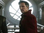 《奇异博士》新照 卷福远赴东方秘炼修行魔法开战