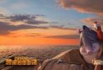 """3D动画大片《鲁滨逊漂流记》今日正式公映,""""上岸""""版预告也宣告本片全面登陆内地院线。""""不速之客""""鲁滨逊与动物岛主们上演了一场啼笑皆非的遭遇战。然而恶猫军团的入侵对小岛造成巨大威胁,鲁滨逊则联手萌宠们奋起反击,双方斗智斗勇使劲浑身解数而笑料百出,一场关乎智慧与勇气的家园守卫战正式拉开序幕。无论是经典IP改编、鲜萌逗趣的活宝组合还是合家欢乐的故事主题都使本片看点十足。"""
