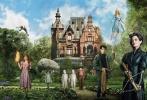 """即将于12月2日上映的蒂姆·波顿新作《佩小姐的奇幻城堡》今日曝光一支新的中文片段,阿沙·巴特菲尔德饰演的杰克循着惨死的祖父遗留的线索进入了""""佩小姐的奇幻城堡"""",这里更像一所""""怪奇孤儿院"""",鬼面双胞胎、隐形人、蜜蜂人……城堡里的每一个孩子都有让人惊奇的能力。城堡主人""""佩小姐""""由""""邦女郎""""性感女神爱娃·格林饰演,她给这些奇怪的孩子打造了一个宁静祥和的""""世外桃园""""。"""