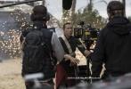 由卢卡斯影业出品,菲丽希缇•琼斯、福里斯特•惠特克、姜文和甄子丹等出演的《侠盗一号:星球大战外传》进入密集宣传期,今日一支幕后特辑和多张日本角色海报曝光。