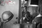 """导演万玛才旦的第五部藏语电影《塔洛》即将于12月9日在全国""""限量上映"""",该片于去年入围威尼斯国际电影节""""地平线""""单元,并斩获了包括金马奖最佳改编剧本奖、第十六届东京FILMeX电影节最佳影片奖、第十二届中国独立影像展最佳影片奖等在内的12项海内外大奖。"""