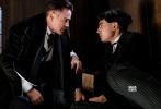"""《哈利·波特》衍生系列电影《神奇动物在哪里》已于11月25日正式登陆内地院线,首日票房7700万,开创了""""哈利波特""""系列在内地最高开画纪录;首周三天票房约为2.84亿,打破《哈利·波特与死亡圣器(下)》内地首周1.9亿的纪录,同时也稳坐本周内地票房冠军宝座。"""