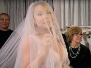 与富豪未婚夫分手后 玛利亚·凯莉又披上了婚纱