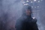 由张艺谋执导的贺岁饕餮巨制《长城》将于12月16日在全国公映,影片汇集了马特•达蒙、景甜、佩德罗•帕斯卡、威廉•达福、刘德华、张涵予、鹿晗、彭于晏、林更新、郑恺、黄轩、陈学冬、王俊凯等中外豪华阵容以及余心恬、刘冰、李亨等实力派新人演员。今日片方曝光了一支鹿晗的特辑,鹿晗畅谈拍摄《长城》的幕后故事,自曝被浩大的制作规模震撼,坦言角色的成长和自己的突破。《长城》是鹿晗首次与张艺谋导演合作,除了崇拜,鹿晗更自曝两人一样,喜欢吃羊肉泡馍。