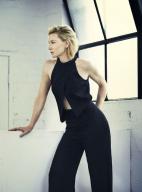 凯特·布兰切特最新写真 干练黑衣女王气场依旧
