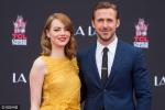 艾玛斯通与高司令好莱坞留手印 一身黄裙靓丽脱俗