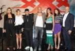 《极限特工:终极回归》全球首映礼在墨西哥城盛大举行,导演演D·J 卡卢索携主演范·迪塞尔、迪皮卡·帕度柯妮、露比·罗丝亮相首映红毯。