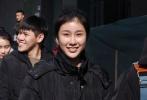 2月12日,北京电影学院艺考初试进入第五天,我们迎来了《古剑奇谭》99后的小鲜肉张逸杰,当天不少粉丝特别前来为他加油助阵。张逸杰在考试后也接受了1905电影网的独家专访,他透露此次艺考自己获得了关晓彤、杨紫等圈中好友的鼓励和指导。