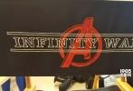 据外媒报道,《复仇者联盟3:无限战争》的时长很有可能至少是150分钟,此外,经罗素兄弟本人确认,《复仇者联盟4》将于两周后正式开拍。