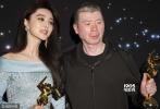 3月21日晚,第11届亚洲电影大奖颁奖典礼在香港落下帷幕,范冰冰凭《我不是潘金莲》顺利封后,日本演员浅野忠信凭《临渊而立》斩获影帝。