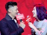 余文乐、杨千嬅发布会开污 被问何时结婚称随心