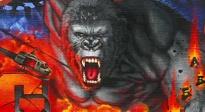 《金刚:骷髅岛》巨型涂鸦喷绘制作视频