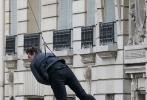 经过长达一年时间的前期拍摄,《碟中谍6:异尘余生》终于杀青。虽然还要对影片进行后期处理,但长达一年的拍摄的杀青,还是让影片导演克里斯托夫·迈考利,在自己的社交网站上发文感慨了一番。