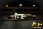 """由加斯·戴维斯执导,戴夫·帕特尔、鲁妮·玛拉、大卫·文翰、妮可·基德曼、桑尼·帕沃主演的情感励志大片《雄狮》将于6月22日21:00点登陆全国银幕。这部接档《摔跤吧!爸爸》的""""印度神片""""所特有的真实故事的力量令人动容,其所表现出的真挚情感引发了影迷们的强烈共鸣。"""