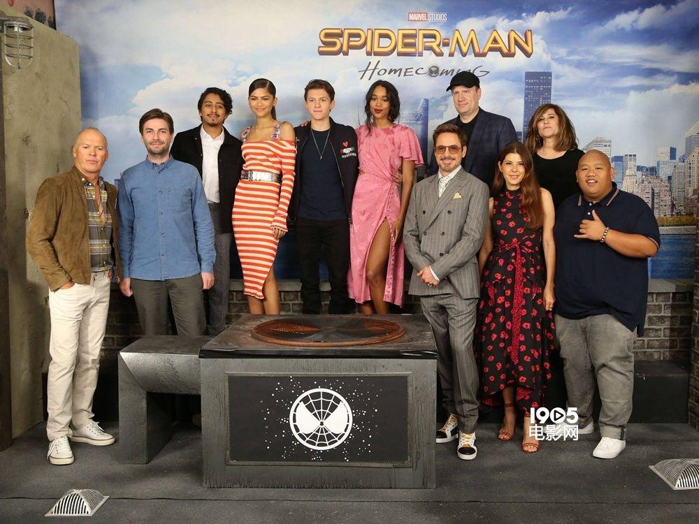 新《蜘蛛侠》纽约首映 小蜘蛛与钢铁侠满满都是爱