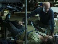 新版《猛龙怪客》首发预告 威利斯变身超级英雄