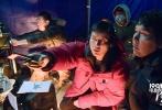 沙龙网上娱乐《空天猎》由李晨执导并主演、范冰冰、王千源、李佳航、赵达、李晨浩、郭洺宇、叶浏、陆思宇等主演,吴秀波特别出演、王学圻友情出演。据悉,该片是李晨首次执导的作品,也是他倾尽心血零片酬全投入的圆梦之作,同时还得到了范冰冰的大力支持。影片的其他主创及幕后团队更是倾力付出,上下一心克服重重困难,共同打造了这部真实震撼的现代空军空战巨制。