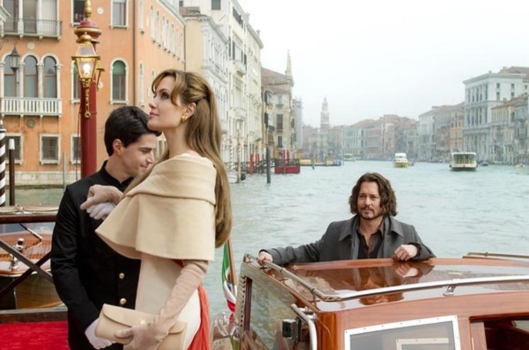 在威尼斯,划船是不用桨的|跟着电影去旅行