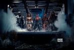 """由华纳兄弟影片公司出品的DC超级英雄电影《正义联盟》(Justice League)今日曝光海王(Aquaman)角色特辑,揭秘海王传奇身世和作为海洋主宰的超凡力量。《权力的游戏》(Game of Thrones) """"马王""""杰森·莫玛(Jason Momoa)霸气出镜,实力诠释""""荷尔蒙担当""""。《正义联盟》作为年度压轴巨制将于11月17日在内地盛大公映,DC最强超级英雄首度合体出击,奉献震撼空前的银幕盛宴。"""