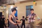 """由香港著名沙龙网上娱乐陈果执导,张敬轩领衔主演,林雪主演和郝蕾特别出演的成长励志沙龙网上娱乐《灿烂这一刻》将于11月24日全国公映。近日,片方首次曝光一组剧照,""""文艺女神""""郝蕾与""""老戏骨""""林雪首次在沙龙网上娱乐中合作,两位实力派演员的强势加盟,引得观众期待万分。"""