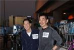 电影《沉默的证人》正在香港热拍中。曾执导《虎胆龙威2》的好莱坞著名动作导演雷尼·哈林(Renny Harlin)操刀执导,与多料影帝张家辉、实力花旦杨紫、多栖艺人任贤齐携手合作,开拓警匪犯罪动作片的新类型。