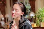 关晓彤浴后素颜俏皮可爱 但网友却关注她的