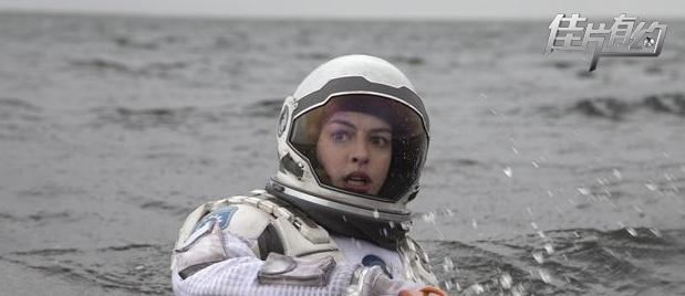 【佳片有约】《星际穿越》齐乐娱乐 诺兰为观众普及物理生僻词汇