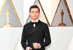 北京时间3月5日,第90届奥斯卡金像奖颁奖典礼在好莱坞杜比剧院举行,红毯上星光熠熠,巨星云集。图为:汤姆·赫兰德。