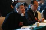 全国政协委员冯小刚:呼吁加大力度扶持青年导演