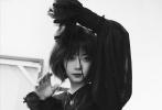谭松韵曝全新时尚封面大片,小姐姐解锁多样风格。