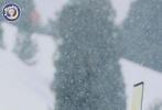 跑男团转站因斯布鲁克,鹿晗雪中小仙子。