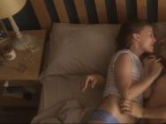 《湮灭》发布上映海报 娜塔莉身份难辨引发猜想