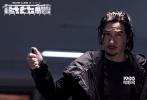 由张家辉执导并主演的警匪动作巨制《低压槽:欲望之城》将于4月28日登陆全国院线,目前已全面开启预售。