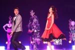 林志玲的红裙够性感?那是你没看到镂空的白裙!