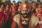 今日,定档于5月4日的印度票房冠军神作《巴霍巴利王2:终结》发布音乐版预告片,用热血超燃的战争动作场面以及浪漫唯美的印度爱情神话,引领金沙娱乐观众走进古印度时代波澜壮阔的史诗级传奇。