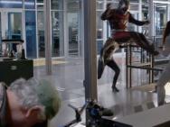 《蚁人2》首曝片场照 蚁人黄蜂女力战反派幽灵