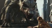 《狂暴巨兽》曝光新片段