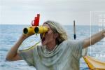 最美灾难片《惊涛飓浪》女主曝拍摄时被鲨鱼包围