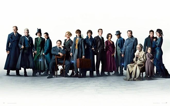 神奇动物2》曝全新海报 16名角色阵营逐渐明朗