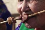 文汇报:纪录片如何用镜头语言讲属于大众的故事