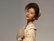 Angelababy删减造型曝光 扮19世纪洋女也很美